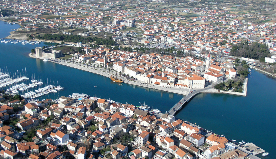 about trogir